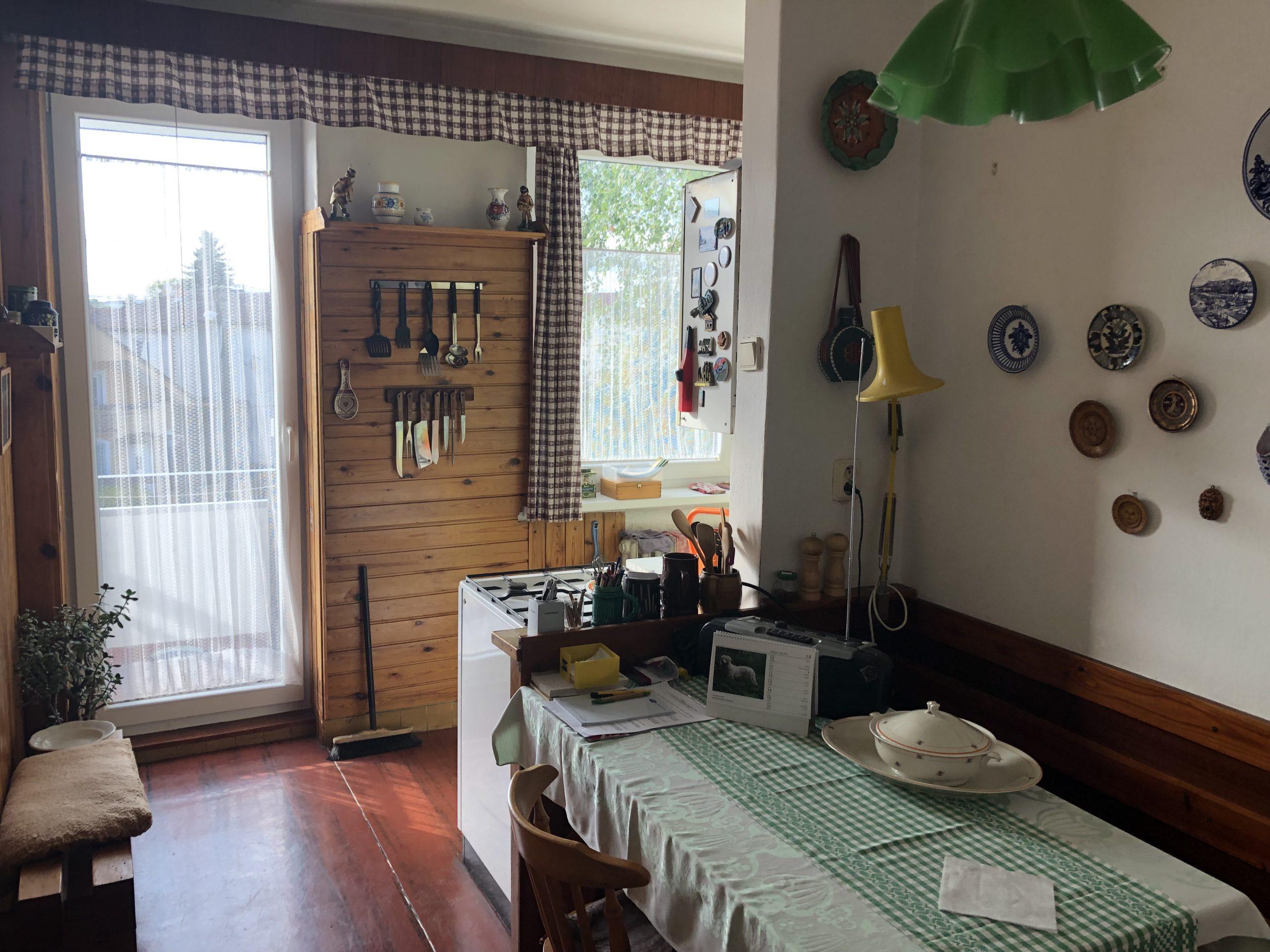 EXKLUZÍVNE na predaj priestranný 3 izbový byt s 2 balkónmi v lukratívnej časti Piešťan